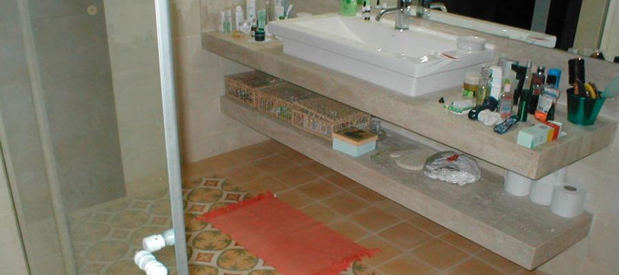 banheiro foto limestone