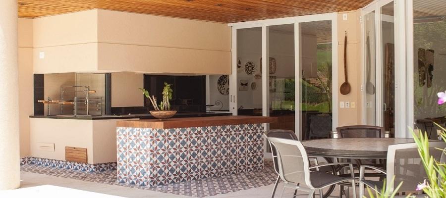Idéias para decorar o jardim com ladrilhos hidráulicos  Ladrilhos